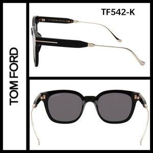 Tom Ford TF542K sunglasses